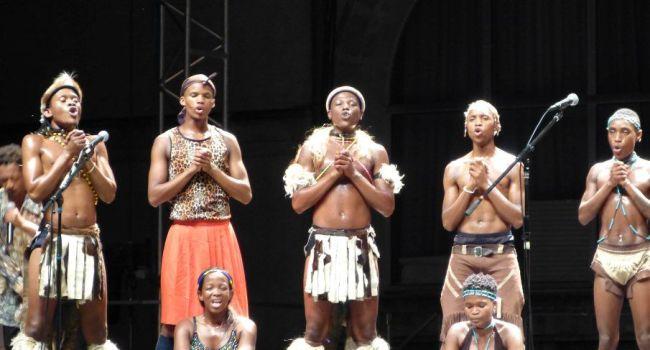La magie sud-africaine opérait jeudi dernier au festival couleurs du sud